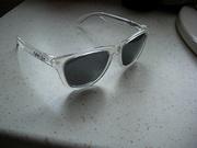 oakley frogskin sunglasses,  polarized leneses